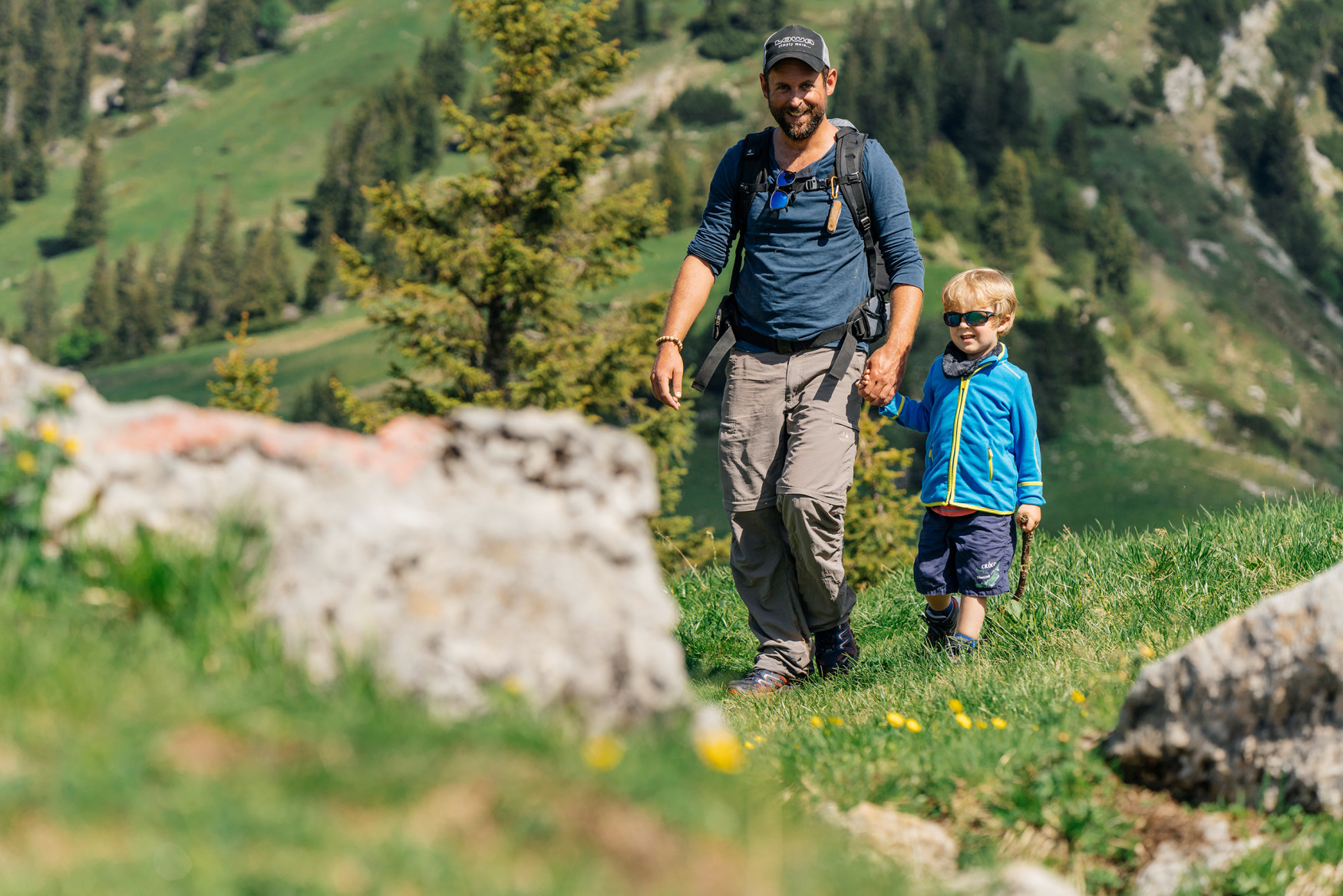 When children, spontaneity and multifunctional boots meet, this always results in an unplanned adventure. Therefore, it's a good thing that the super-comfortable INNOX EVO GTX® QC JUNIOR with its LOWA