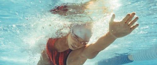 Dimagrire con il nuoto è possibile?