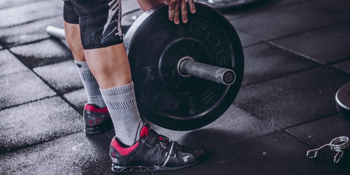 Allenamento forza: schede di esercizi e carichi consigliati
