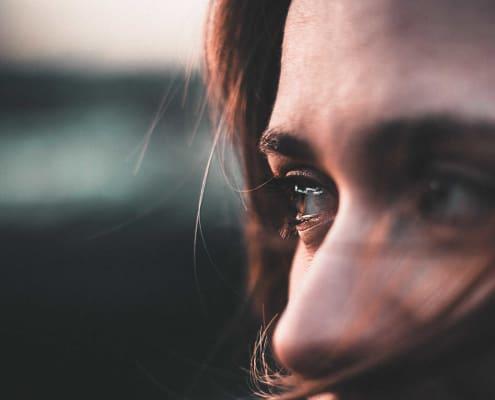 Girl with emotional trauma