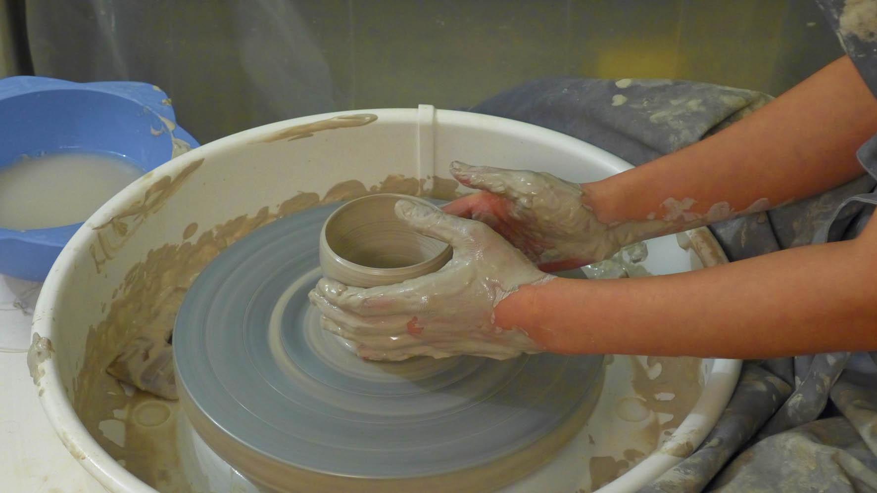 Atelier de céramique paris 18 cours_tournage_juillet
