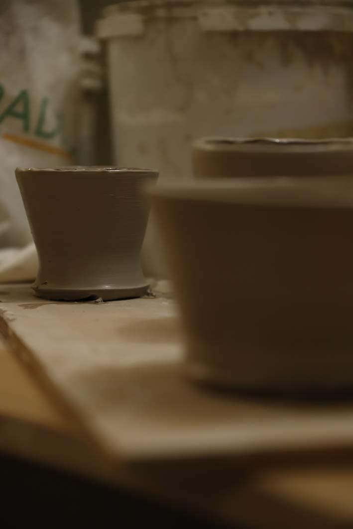 Atelier de céramique paris 18 tournage poterie paris 18