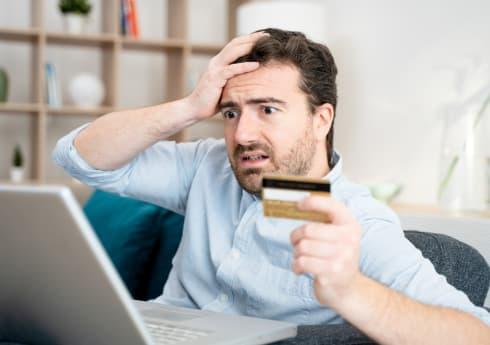 Detrazione IVA Carburante Pagato con Carta di Credito: Come Fare?