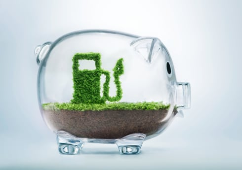 Simple Ways for Fleet Managers to Save Money on Fuel
