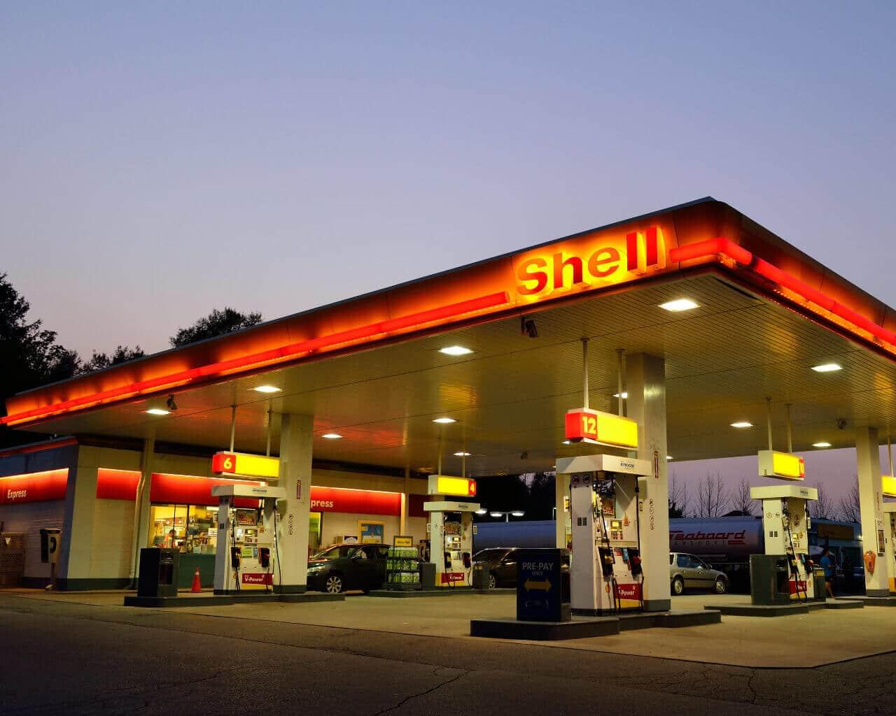 Eine Shell Tankstelle