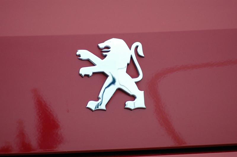 A Peugeot logo for a diesel version of the popular 208 model