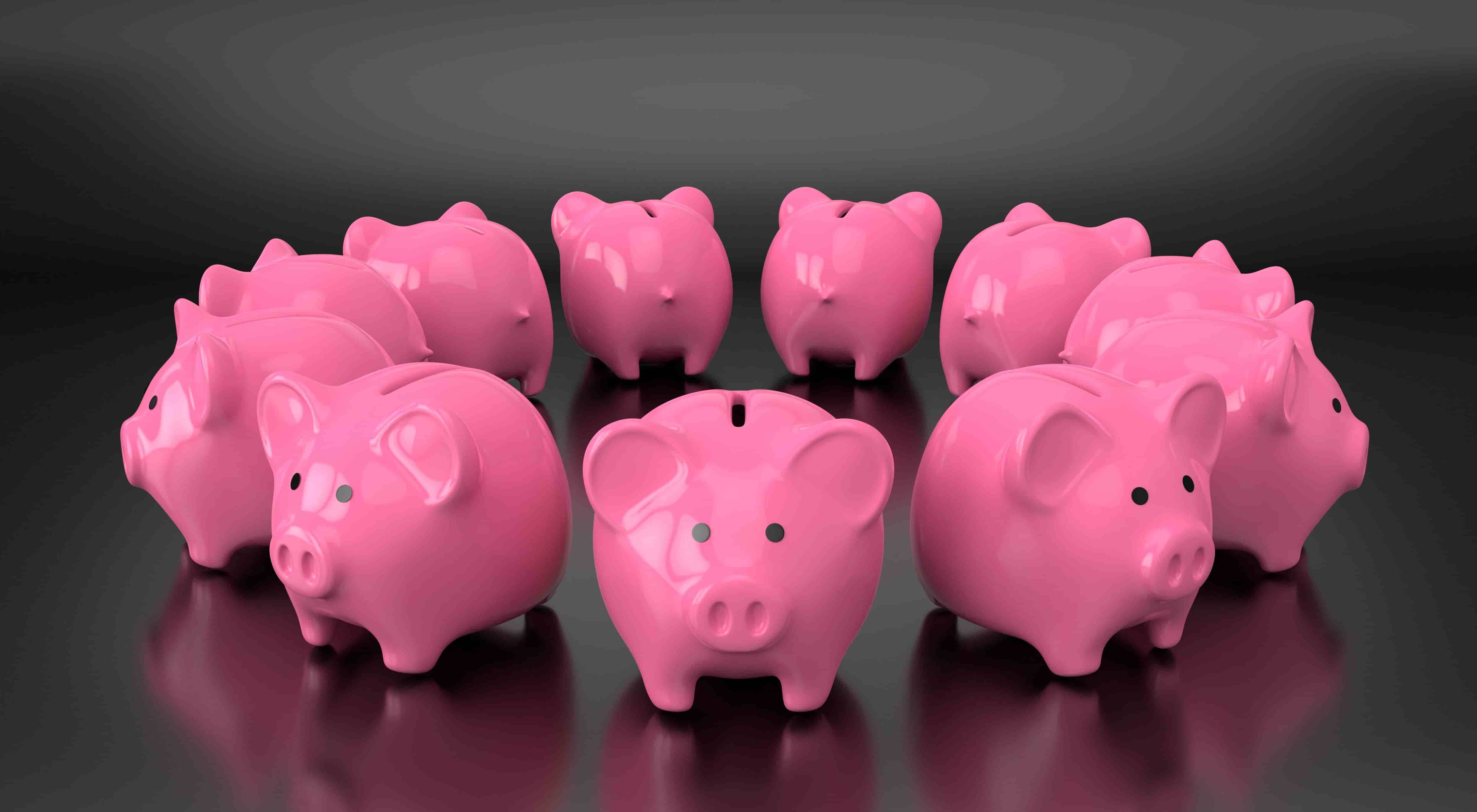 11 piggy banks form a circle to represent the importance of using online accounting software to manage monthly cash flow