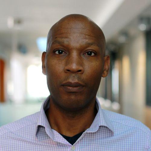 Dr Derrick Bennett