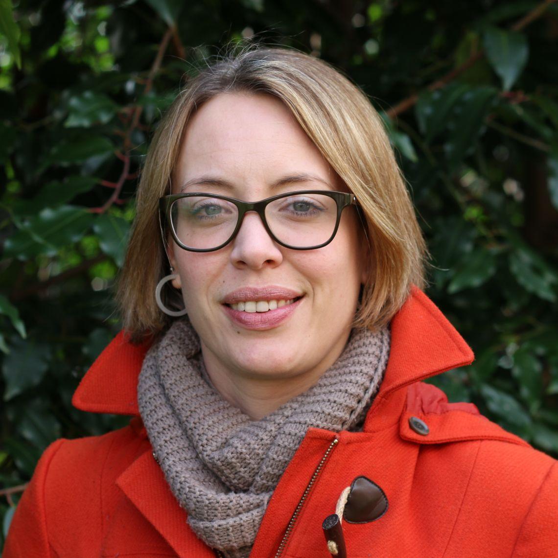 Dr Ingrid Slade