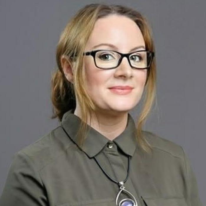 Dr Marta Weronika Wronikowska