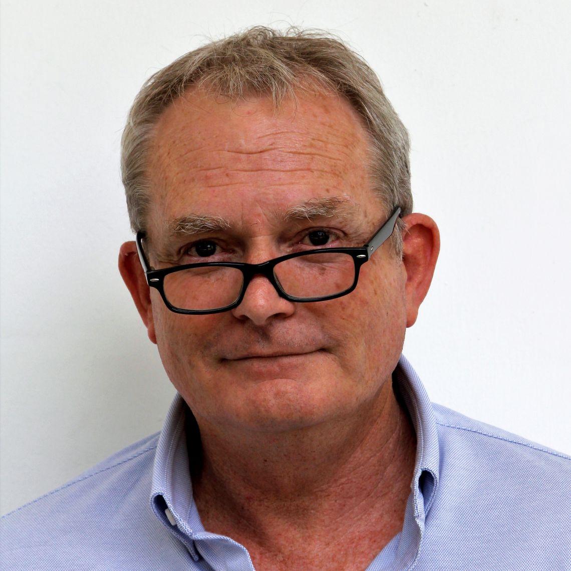 Professor Bob W Snow