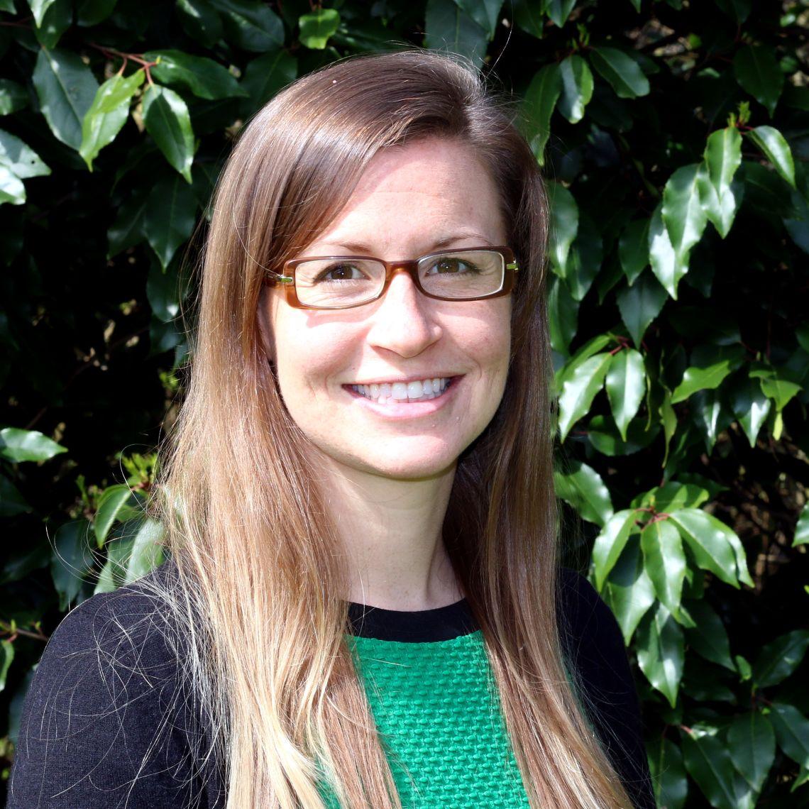 Dr Jennifer Carter