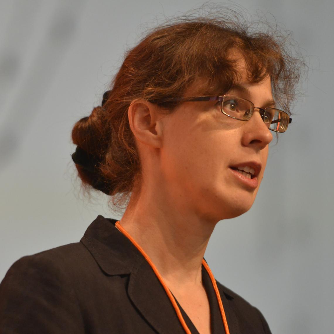 Dr Carolyn Taylor