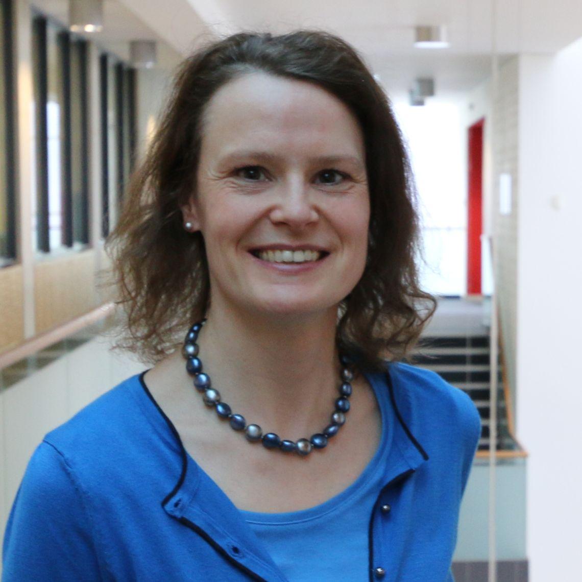Dr Christina Reith