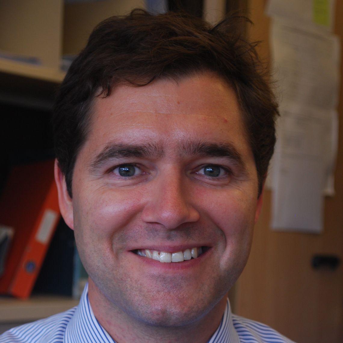 DR Joris Hemelaar