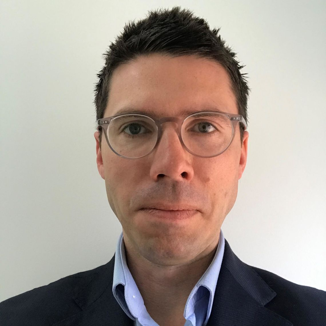 Associate Professor Ben Lacey