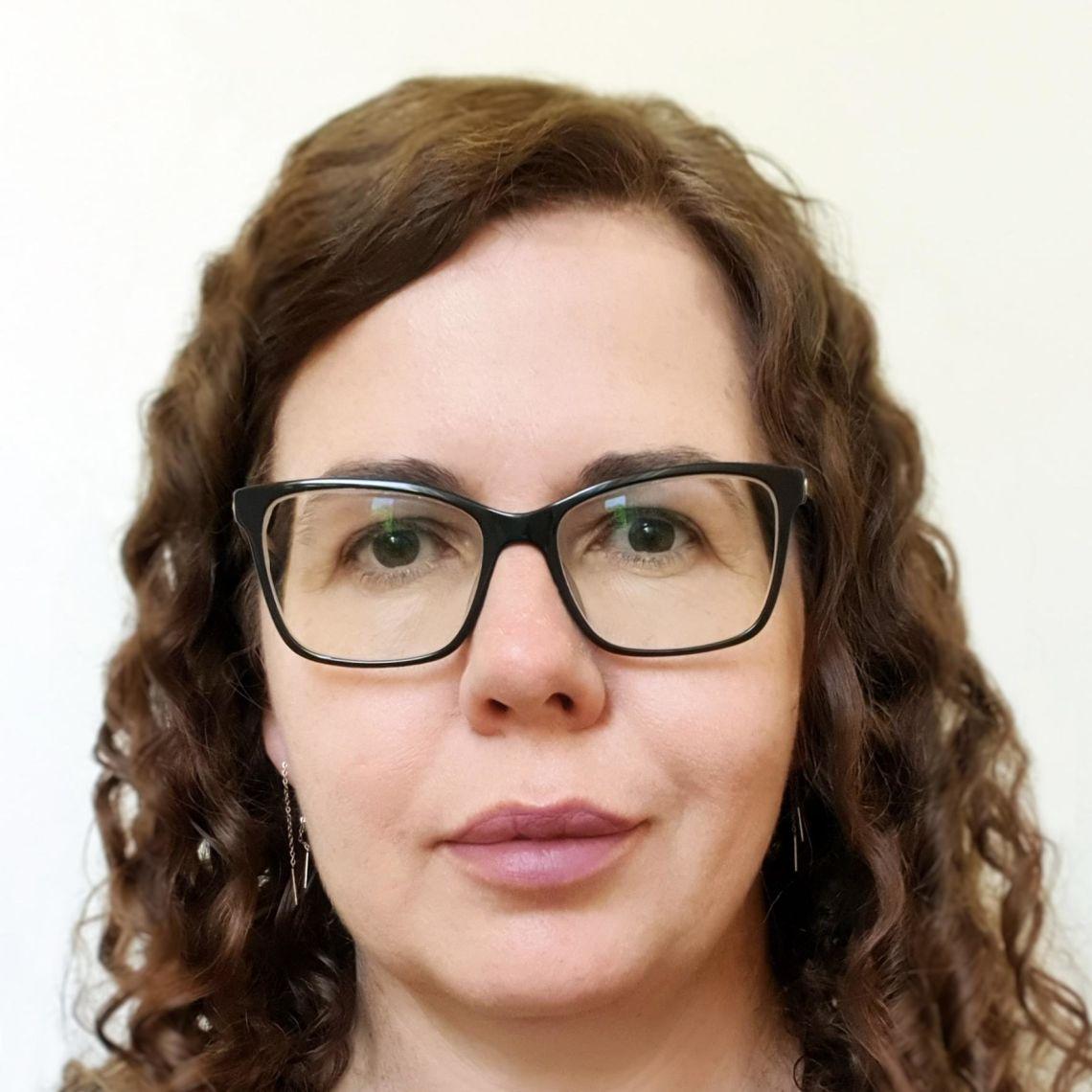Dr Julie Stevens