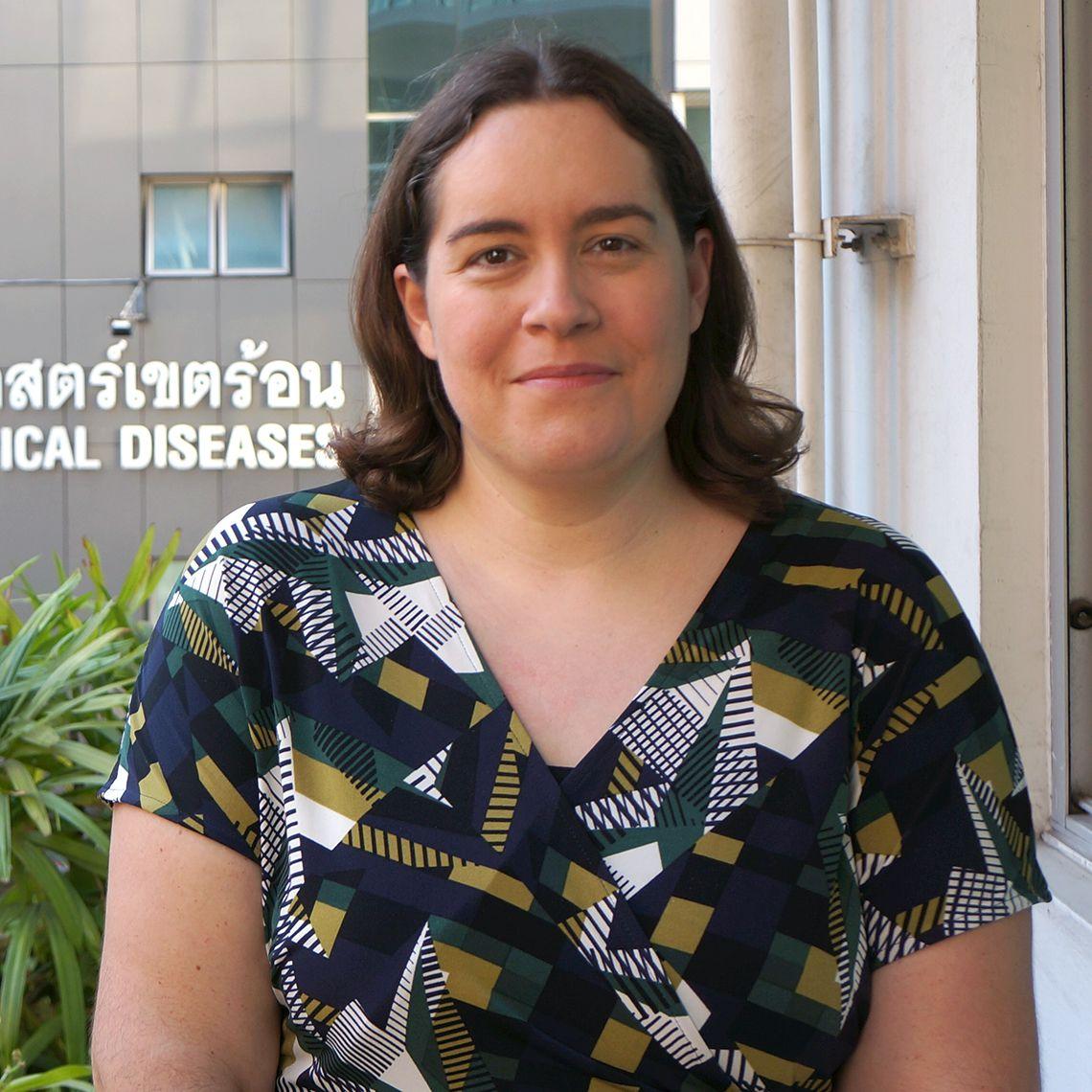 Dr Elizabeth Batty