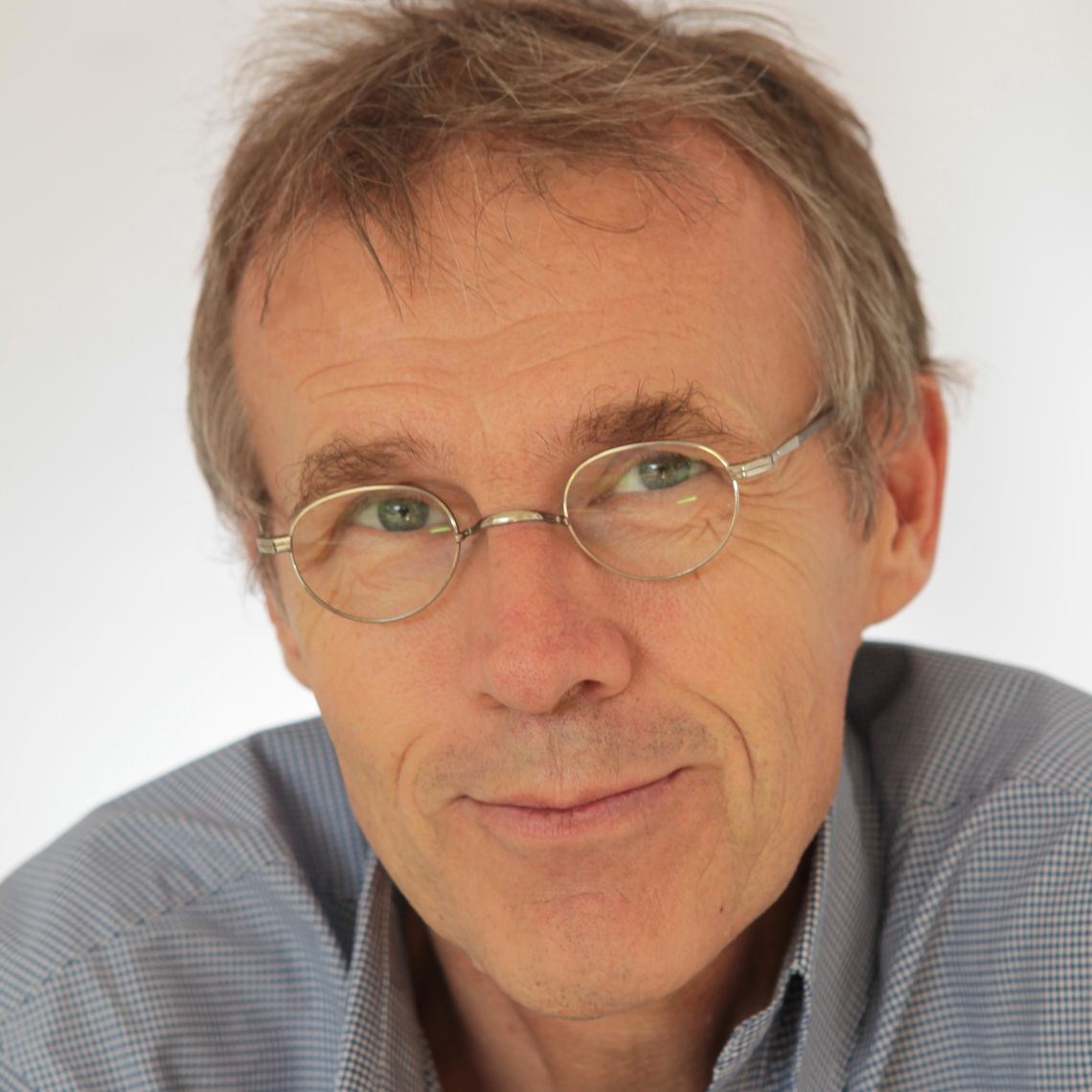 Professor Eduard Sanders