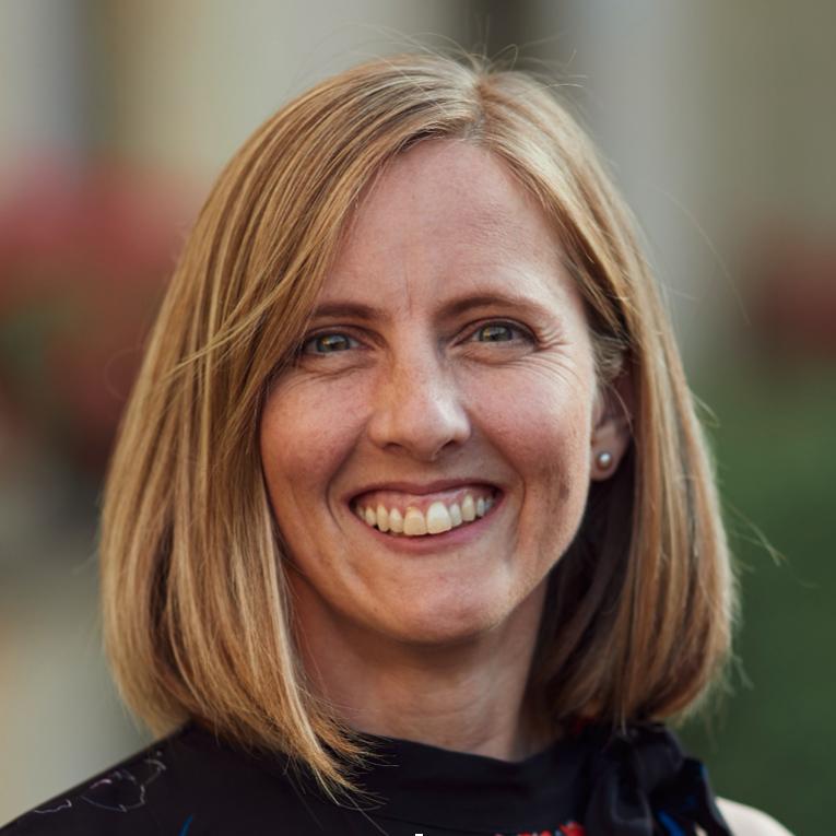 Dr Louise Thwaites