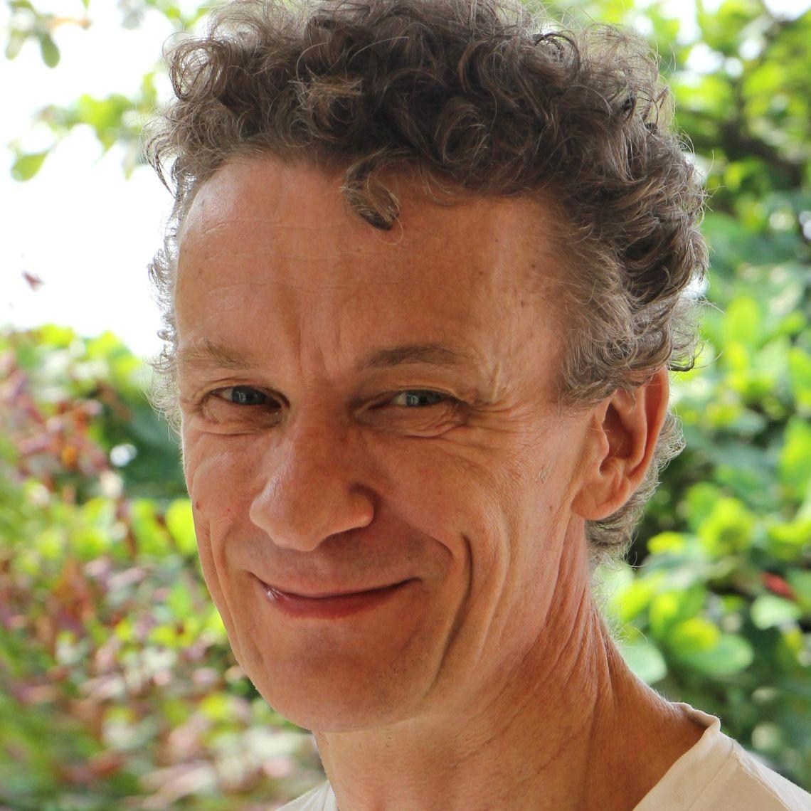 Professor Ronald Geskus