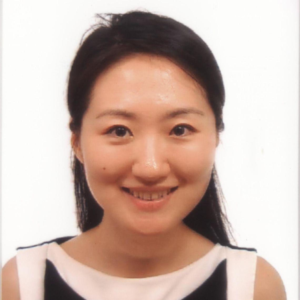 Dr Mo Yin