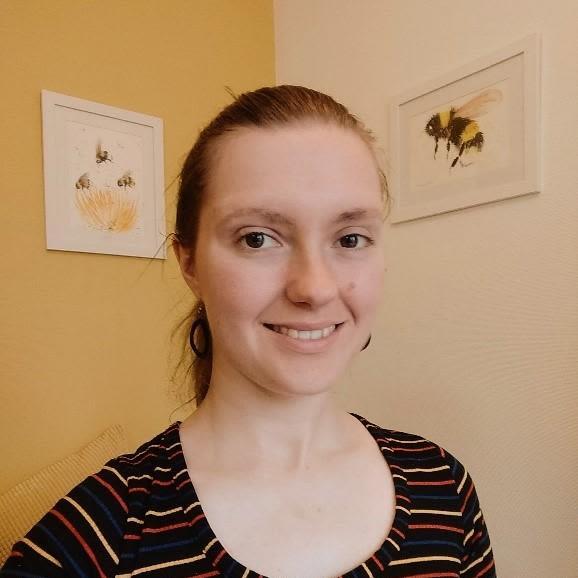 Dr Emma Davies
