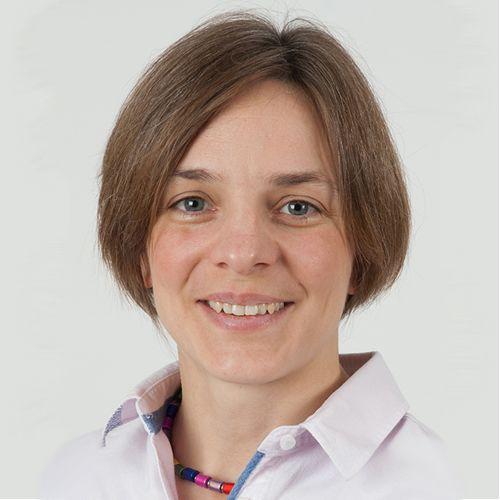 Dr Lucie Abeler-Dorner