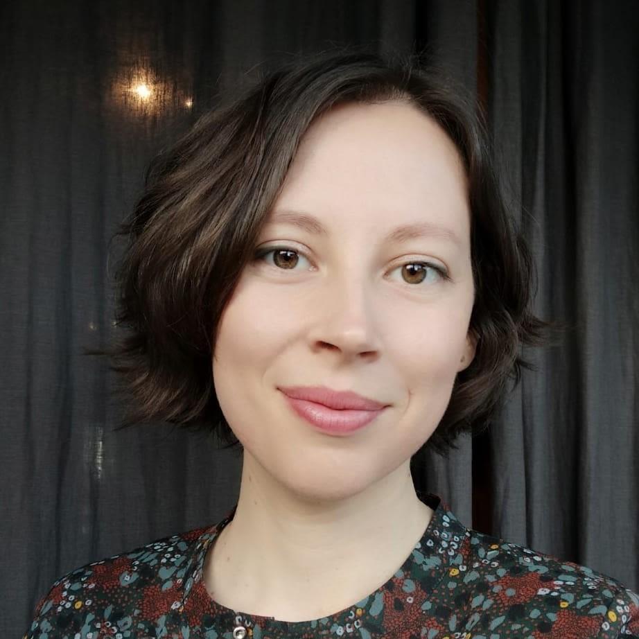Dr Adeline Perrot