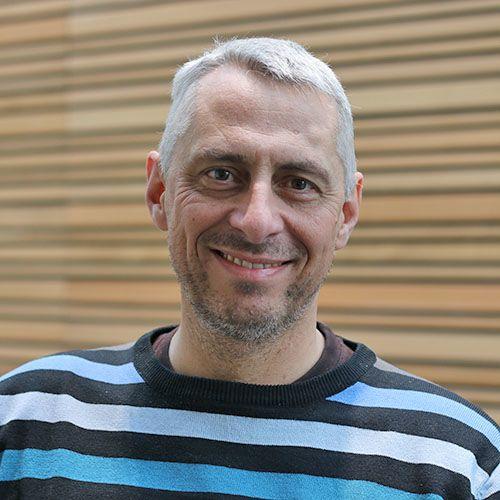 Dr Robert Esnouf