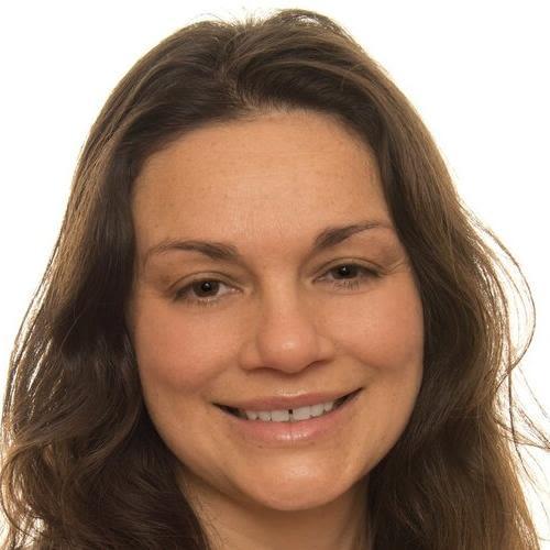 Dr Fauzia Knight