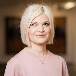 Dr Karin Hellner