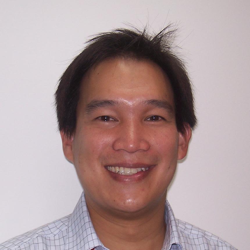 Dr Tri Wangrangsimakul