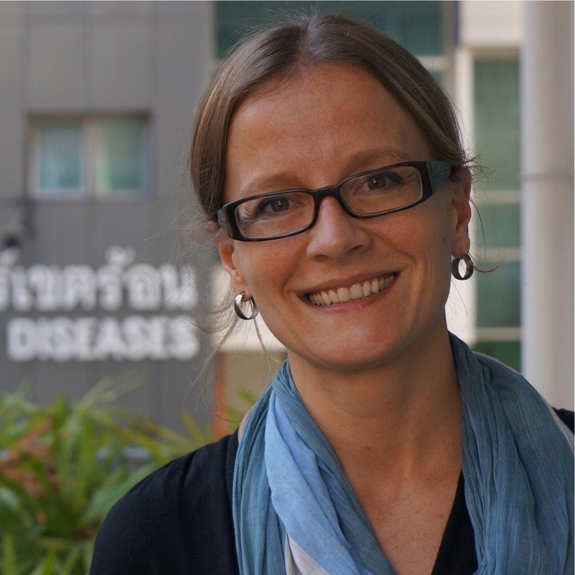 Dr Katherine Plewes