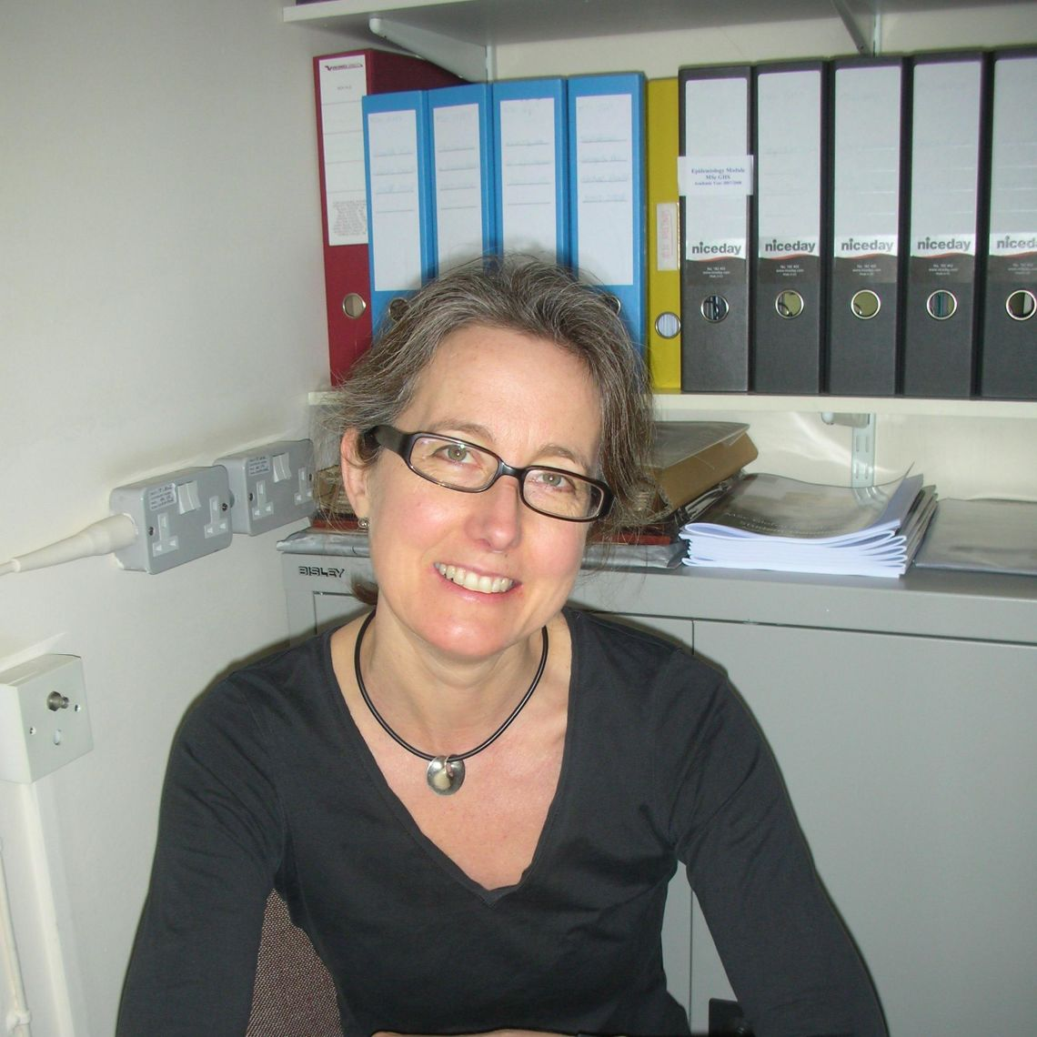 Dr Emma Plugge