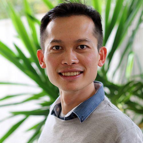 Dr Peter Ho