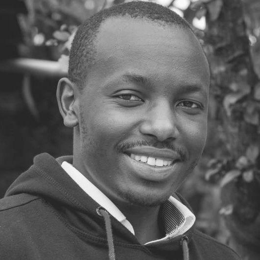 Dr Peter Macharia