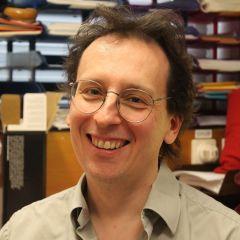 Simon Stringer