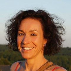 Anne Goriely