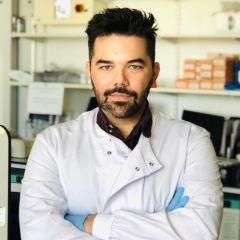 Nikolaos Nikolaou