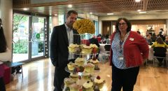 Kate Watkins and guest with cupcake stand