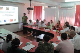Dr. Garcia Knight presenting in Michoacan