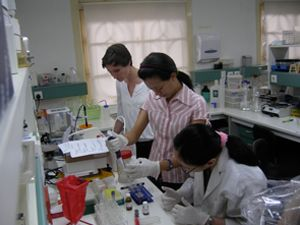 tropical medicine MSc students in the lab