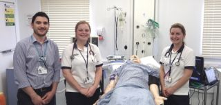 Physiotherapist wins award for creating simulation course at oxstar