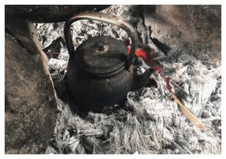 Boiling water is important to prevent diseases. Some villagers will add tea to improve the taste. Offering tea to visitors, including frontline researchers and health workers, is a mark of hospitality in Karen villages.