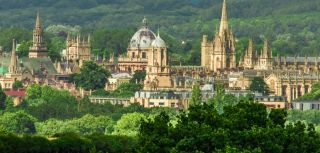 Oxford University has been ranked as the world's best institution for medical and health teaching and research for the seventh consecutive year in the Times Higher Education World University Rankings.