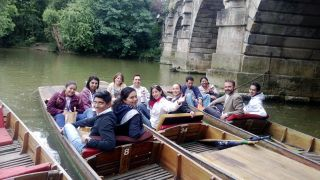 ndm-mexican-training-group-punting-in-oxford-july-2015.jpg
