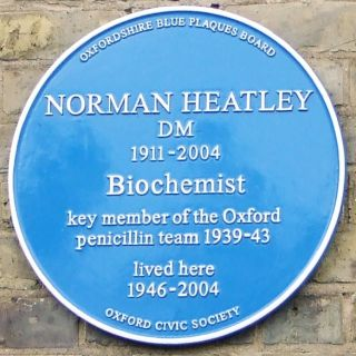 Blue Plaque - Norman Heatley. CC - Owen Massey McKnight
