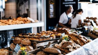 New cochrane review evidence suggests that nutritional labelling on menus in restaurants and cafes may reduce our calorie intake
