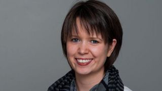 Dr Claire Sexton wins Vice-Chancellor's Public Engagement with Research Award
